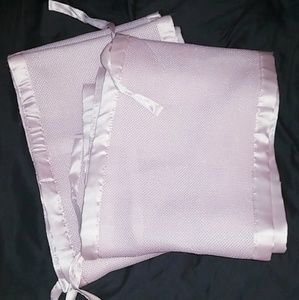 Breathable crib bumpers